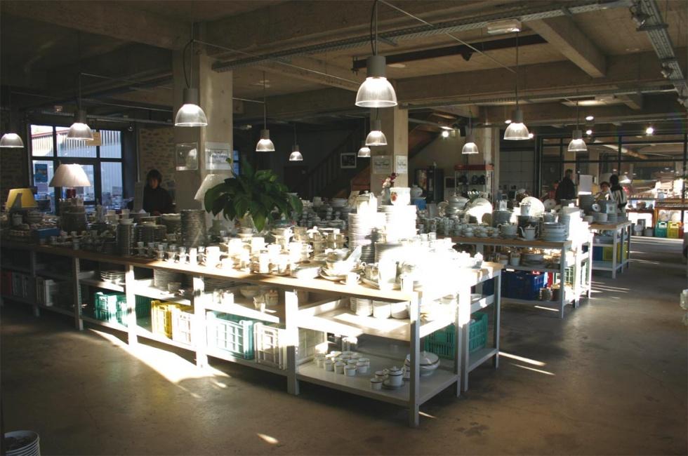 Accueil touristique magasin d 39 usine bureau show room - Linvosges magasin d usine ...